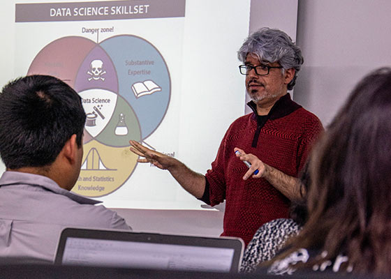 expertos-profesionales-docentes-ciencia-de-datos.enver-tarazona